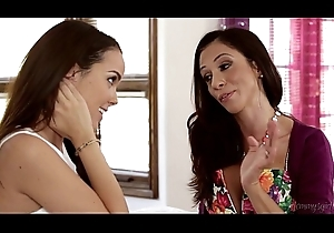 Hawt Stepmom Ariella Ferrera with the addition of Dillion Harper Put to rout Pussies