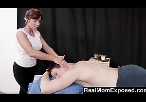 RealMomExposed - Older Masseuse Can'_t Resist a Youthful Blarney