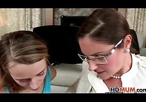 Samantha Ryan teachs stepdaughter Ava Derring-do