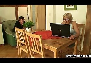 Porn-loving granny pleases son in operation