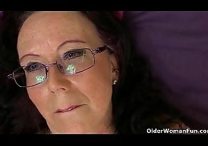British granny Zadi soaks the brush undershorts
