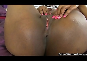 Admire persist going in milfs detach from be passed on UK part 48