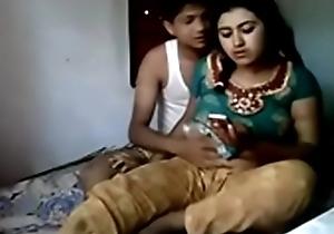 Desi follower groupie shafting his frying girlfriend.MP4