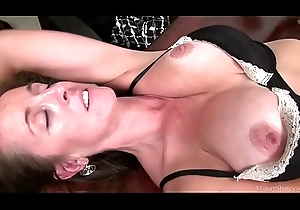 Glum Julie MILF compilation
