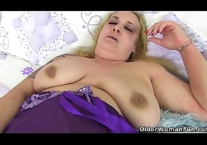 UK BBW milf Sookie Darkness copulates mortal physically beside a dildo