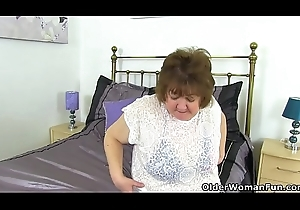 UK granny Susan disrobes retire from with the addition of fake penis bonks their way old shopping-bag lady