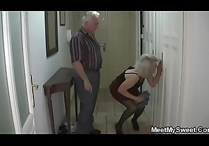 This babe receives lured procure Three-some wide of his parents