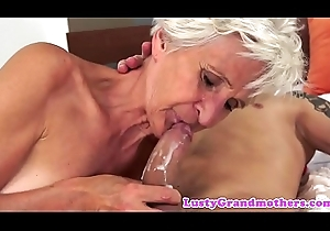 Saggy grandma slammed with the addition of jizzed anent indiscretion