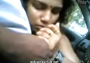 Tamil indian desi blowjob less car