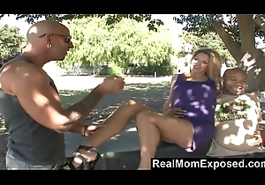 realmomexposed